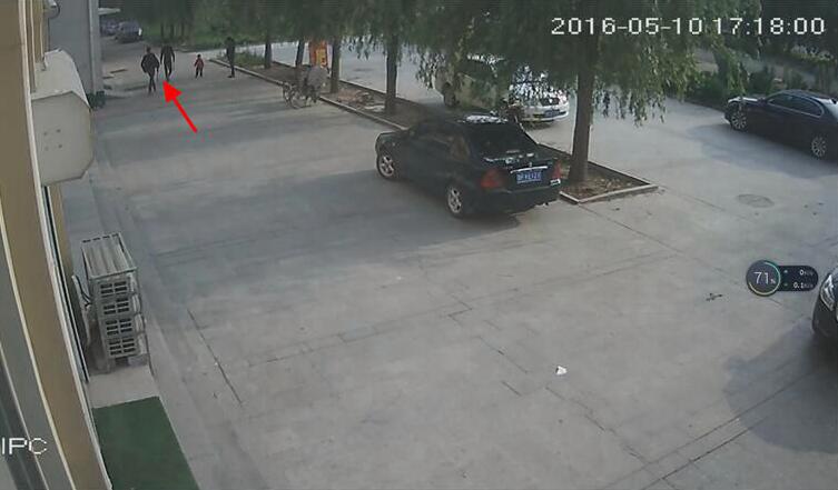聊城物业城别墅人员业主遭v物业车辆打砸翡翠别墅区小区中央图片