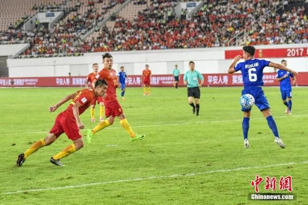 国际足球赛热身赛 中国8比1大胜菲律宾